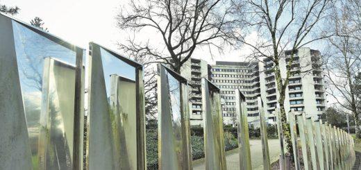 Im Klinikum Bremen-Ost stehen 15 Betten auf einer speziellen Isolierstation zur Verfügung. Dort werden erste am Coronavirus erkrankte Patienten aufgenommen. Verdachtsfälle kommen zunächst in häusliche Quarantäne. Foto: Schlie