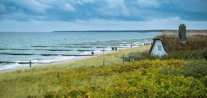 Manche Bremer zieht es im Sommer an die Ostsee. Foto: Benedikt Geyer auf Pixabay