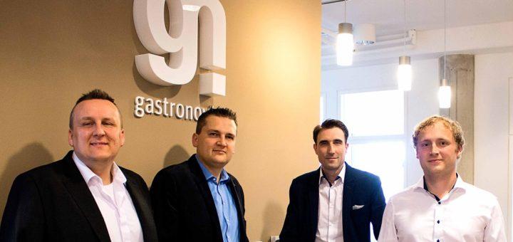 Die vier Gründer von Gastronovi Karl Jonderko (v. l.), Andreas Jonderko, Bartek Kaznowski und Christian Jaentsch bieten ihren Kunden ein kostenloses Hilfspaket an.Foto: Gastronovi