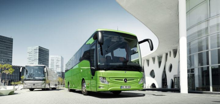 Mit modernen Reisebussen lassen sich jetzt wieder die schönsten Orte Deutschlands und der Europäischen Union bequem entdecken.Foto: Daimler