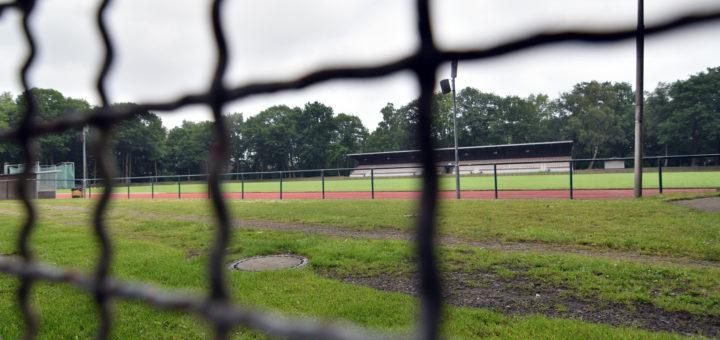 Das Fußballstation in Düsternort erfüllt aktuell nicht die Mindestvoraussetzungen der Regionalliga.Foto: Konczak