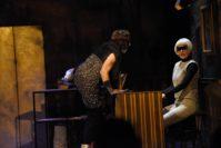 Maria Hinz als Alexa sorgte mit Soundelementen für die passende Stimmung. Foto: Marianne Menke