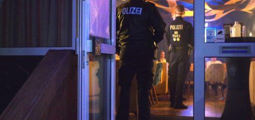 Die Polizei führt verstärkt Kontrollen zur Einhaltung der Corona-Verordnung durch. Foto: Günther Richter