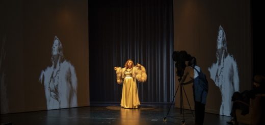 "Die Mezzosopranistin Melanie Lang brilliert als Zarah Leander in dem Musical-Solo ""Zarah 47"".Foto: Stephan Walzl"