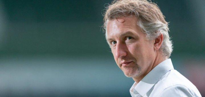 Hatte schon mal positivere Nachrichten zu vermelden: Werder-Sportchef Frank Baumann. Foto: Nordphoto