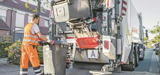 Alle 14 Tage wird in Bremen der Papiermüll abgeholt. Entweder liegen Papier und Pappe in der Tonne oder gebündelt am Straßenrand. Foto: Bremer Stadtreinigung