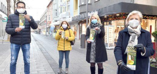 Marc Engels (Schuh-Gerdes), Melanie Benz (Wäsche Welt), Annika Buchholz-Havekost (Juwelier Buchholz) und Dagmar Buchholz (Juwelier Steinfeld) freuen sich auf die Aktionstage (von links).Foto: Konczak