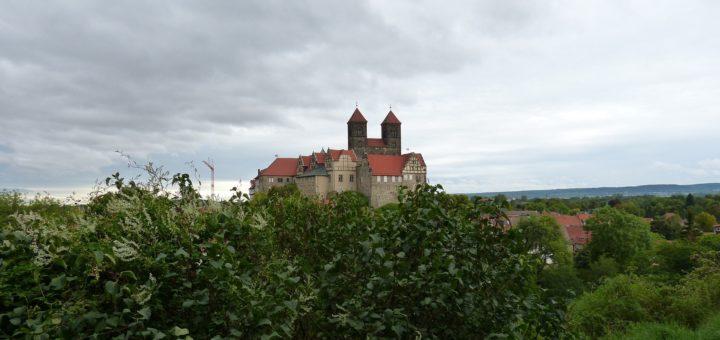 Das historische Quedlinburg und der Harz sind einen Besuch wert. Foto: Barbara Dondrup auf Pixabay