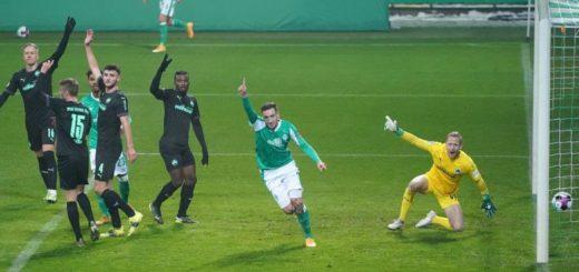 Kevin Möhwald hat zugeschlagen und Werder führt mit 1:0. Foto: Nordphoto