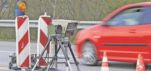 Die Strafen für Temposünder werden verschärft.Foto: Schlie