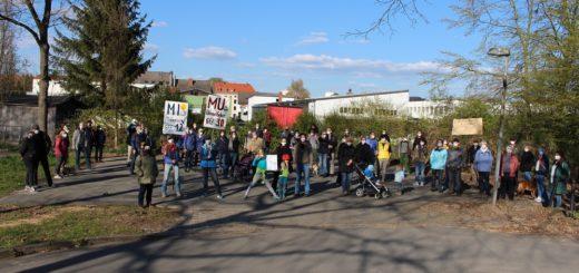 Zahlreiche Familien formieren sich derzeit zu einer Bürgerinitiative, die statt eines urbanen Gebietes ein Mischgebiet für das geplante Kornquartier fordert. Foto: Füller
