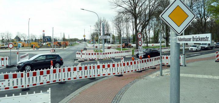 Ab Juli soll der Verkehr auf der Habenhauser Brückenstraße auf die Westseite verlegt werden.Foto: Schlie