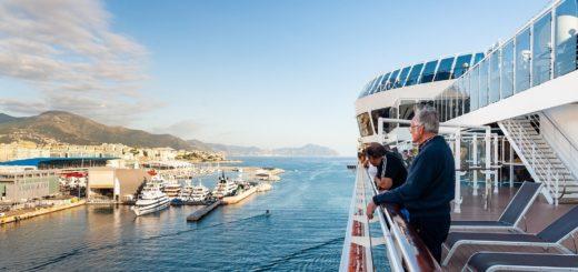 An Bord eines Kreuzfahrtschiffes die große weite Welt entdecken. Ein Privileg, das künftig nur gegen Covid-19 Geimpfte haben werden?Foto: Pixabay