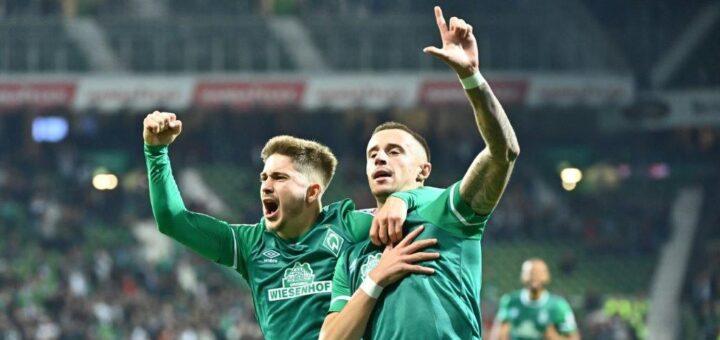 Romano Schmid (links) und Marco Friedl bejubeln den Führungstreffer. Foto: Nordphoto